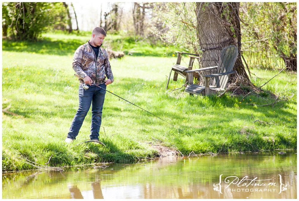 Stomp 30681 Calebs Senior Photos in Newbury, OH