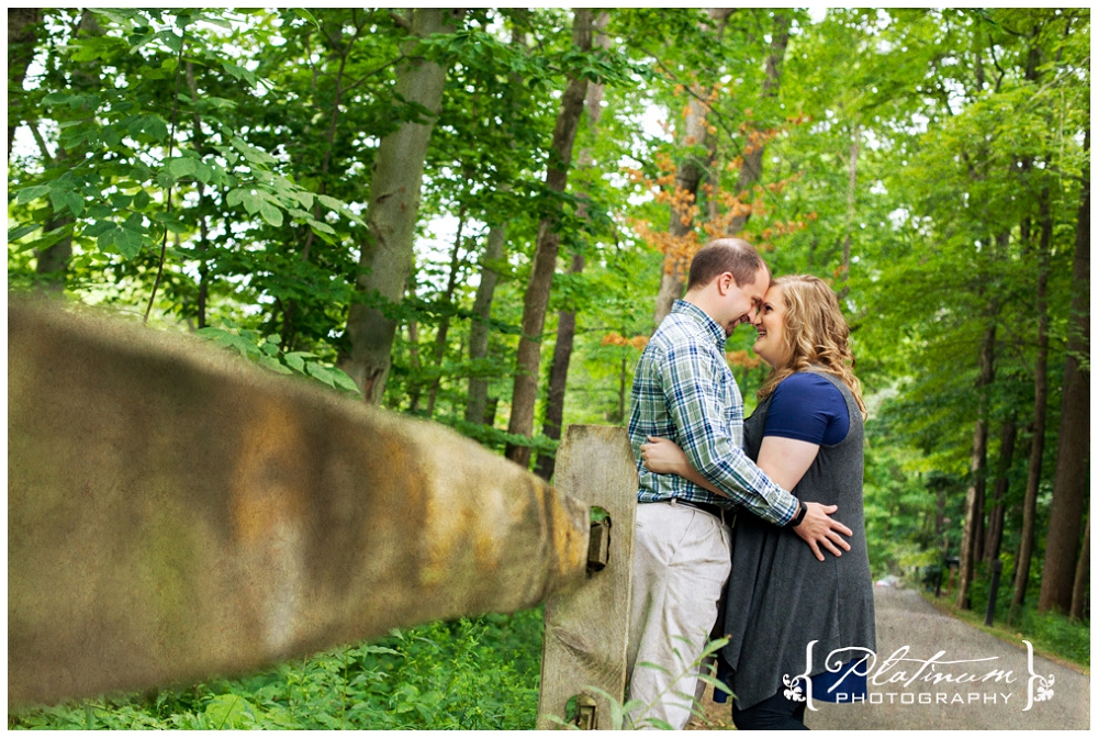 Stomp 3492 Jenn & Matt @ Rocky River Nature Center